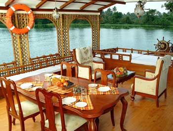 Kerala houseboats package in alleppey